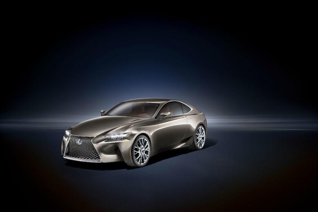 170912lexus 2 1024x684 - Lexus LF-CC Concept  - Lexus LF-CC Concept