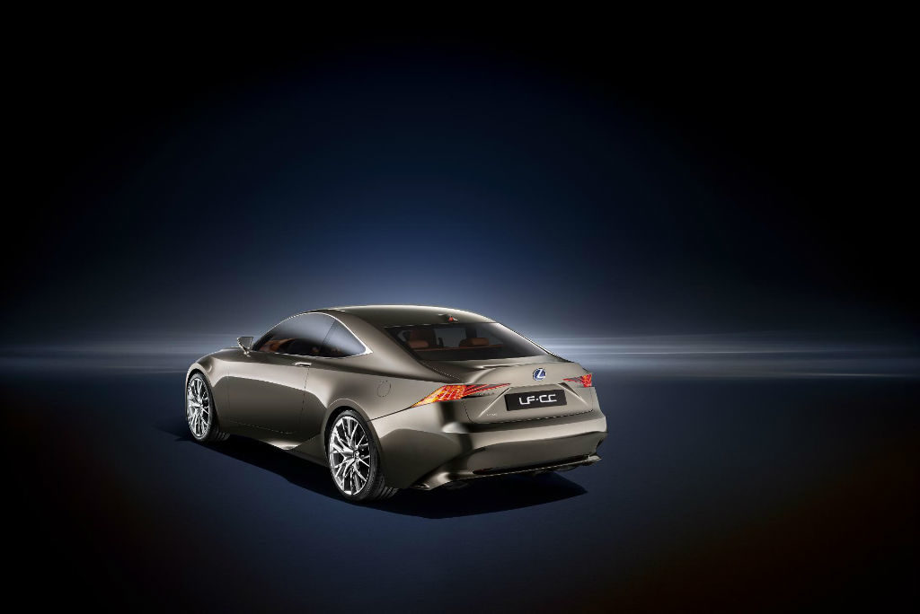 170912lexus 3 1024x684 - Lexus LF-CC Concept  - Lexus LF-CC Concept