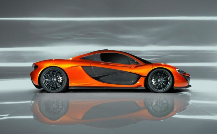 69128 02 McLarenP1 Paris2012 MRes 700x432 - McLaren reveals the P1 - McLaren reveals the P1