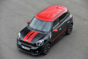 P90102890 highRes 300x200 - John Cooper Works Mini Countryman - John Cooper Works Mini Countryman