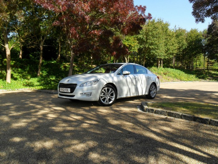 SAM 43591 700x525 - Peugeot 508 Review - French for style - Peugeot 508 Review - French for style