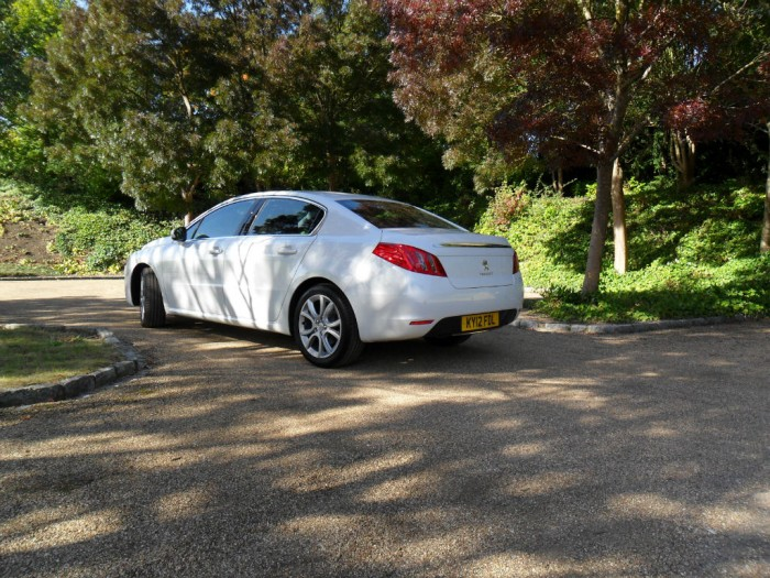 SAM 4361 700x525 - Peugeot 508 Review - French for style - Peugeot 508 Review - French for style