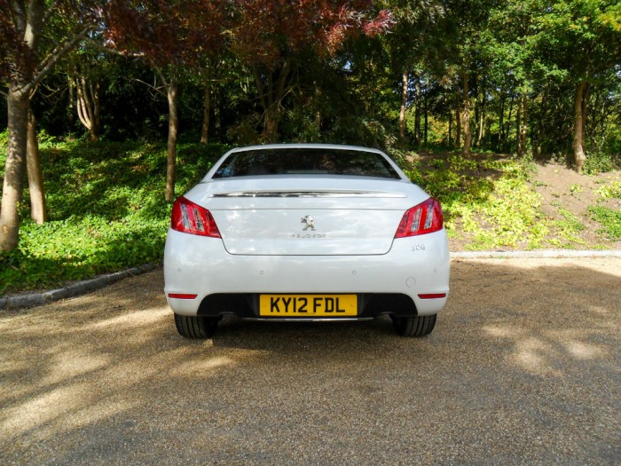 SAM 4388 700x525 - Peugeot 508 Review - French for style - Peugeot 508 Review - French for style