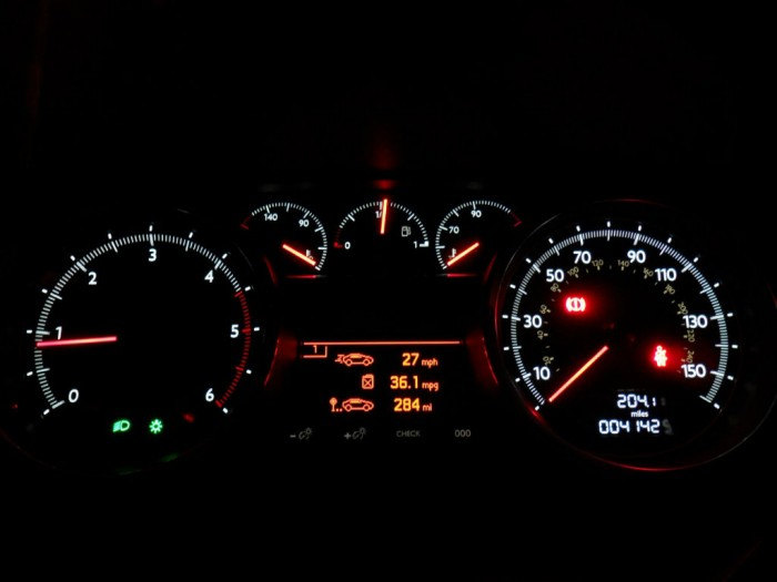 SAM 4412 700x525 - Peugeot 508 Review - French for style - Peugeot 508 Review - French for style