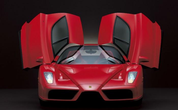 024410 700x432 - Fancy a ride in an Enzo? - Fancy a ride in an Enzo?