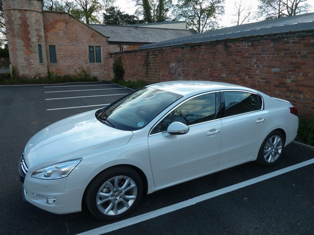 Peugeot 508 Hybrid4 2 1 2 - Peugeot 508 Hybrid4 Review – goes all silent… - Peugeot_508_Hybrid4_2_1_2