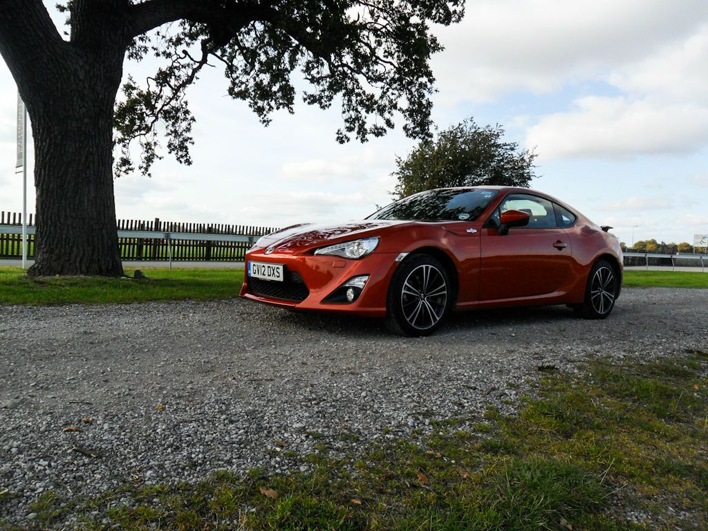 Toyota GT86 – The drivers dream?, The Non-Modern Man | Unfashionablemale