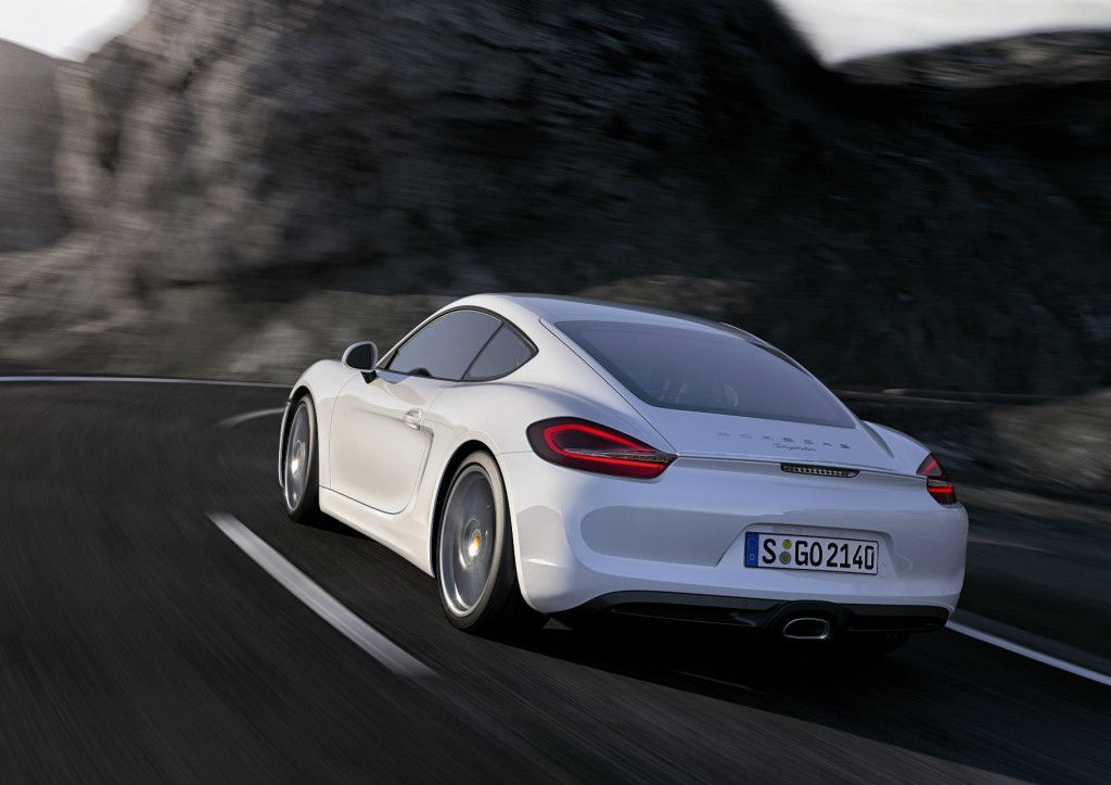 EMBARGO_28.11.12_2030hrs_The_New_Porsche_Cayman_Carrara_White_Rear_3-4