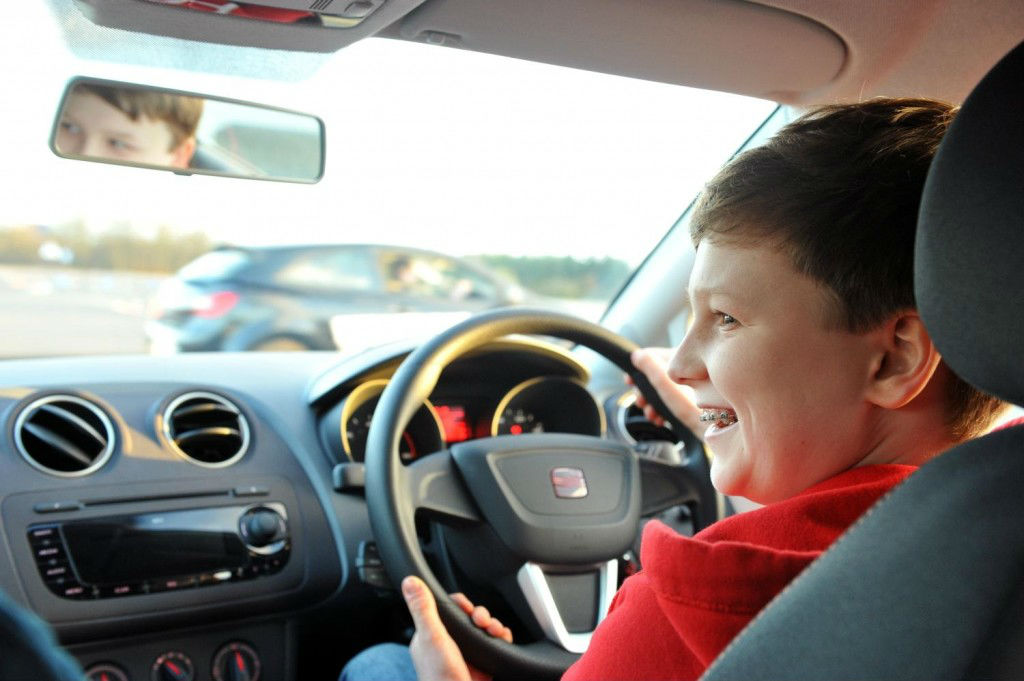 SE003153 1024x681 - SEAT Young Driver course helps accident rates - SEAT Young Driver course helps accident rates