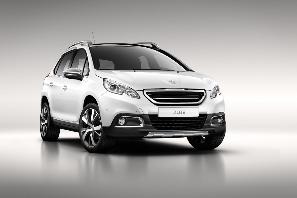 70157peu-1 -Peugeot 2008 Urban Crossover (front)