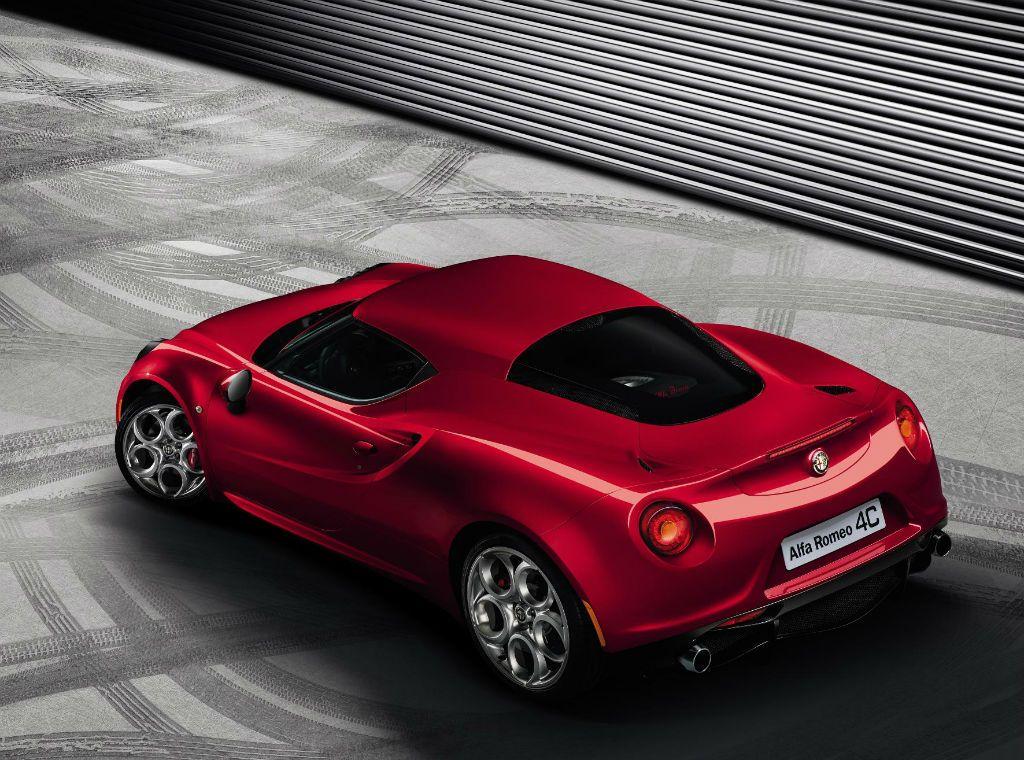 Alfa Romeo 4C Back-w1024