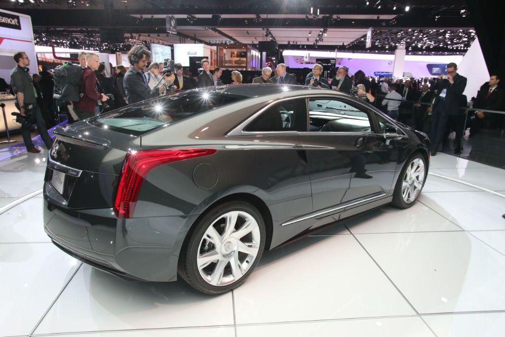 Cadillac ELR 5-w1024