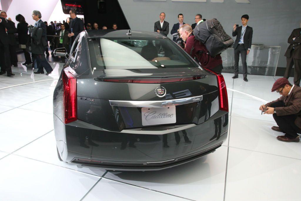 Cadillac ELR 7-w1024