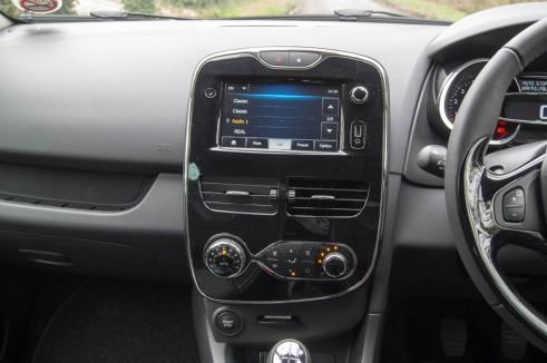 DSC00036 3 491x326 - Renault Clio Review – New Va Va Voom? - Renault Clio Review – New Va Va Voom?