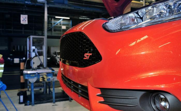 FiestaST ProductionStart 01 700x432 - Fiesta ST goes into production - Fiesta ST goes into production