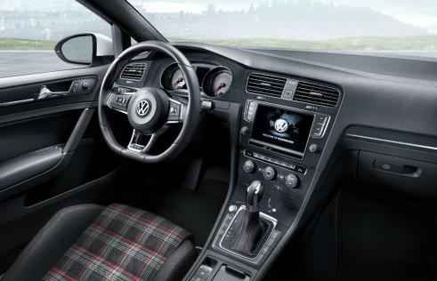 VW Golf GTI Interior 491x316 - New 2013 VW Golf GTI Specs - New 2013 VW Golf GTI Specs