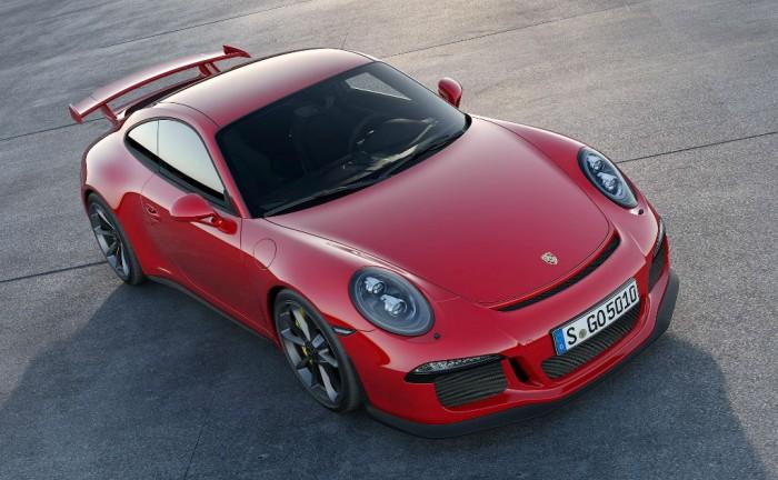 2013 Porsche 911 GT3 Front 700x432 - 2013 Porsche 911 GT3 Specs - 2013 Porsche 911 GT3 Specs