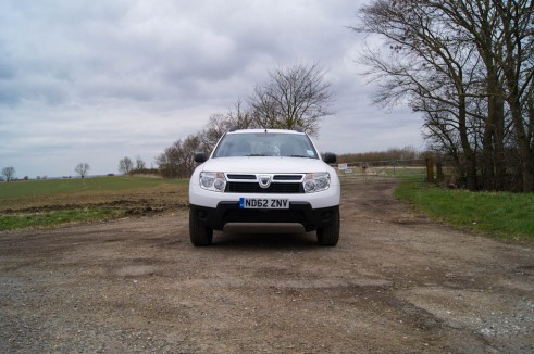 Dacia Duster Front