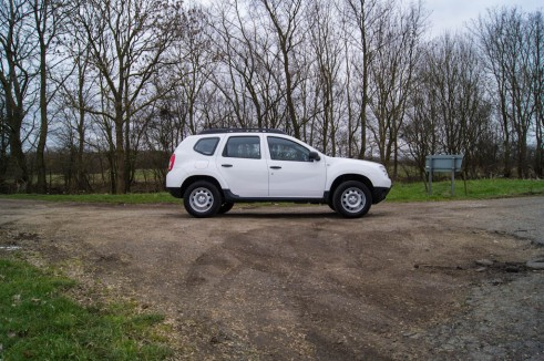 Dacia Duster Side