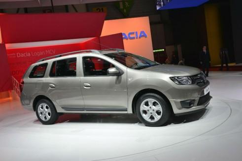Dacia Logan Side