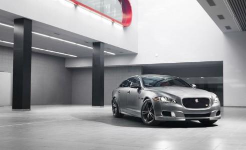 Jaguar XJR Front
