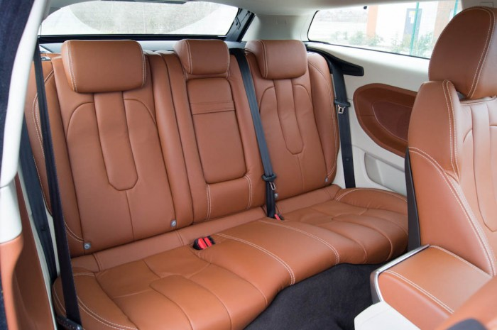 Range Rover Evoque Coupe Interior Rear 700x465 - Range Rover Evoque Review – The perfect on roader? - Range Rover Evoque Review – The perfect on roader?