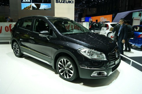 Suzuki_SX4_Crossover Front