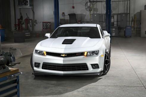 2014-Chevrolet-Camaro-Z28