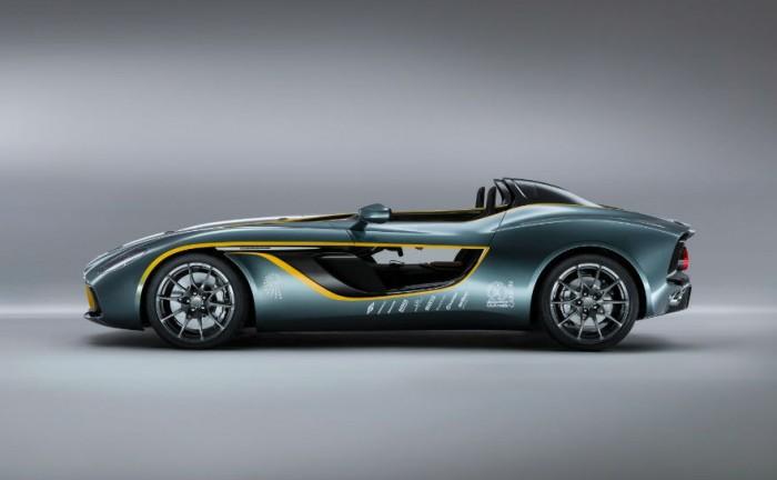 Aston Martin CC100 Spedster Concept Side 700x432 - Aston Martin CC100 Speedster Concept - Aston Martin CC100 Speedster Concept
