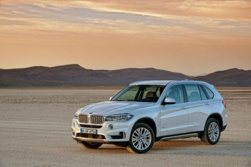 New BMW X5 2013 Front - carwitter