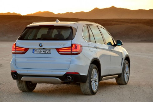New BMW X5 2013 Rear 2- carwitter