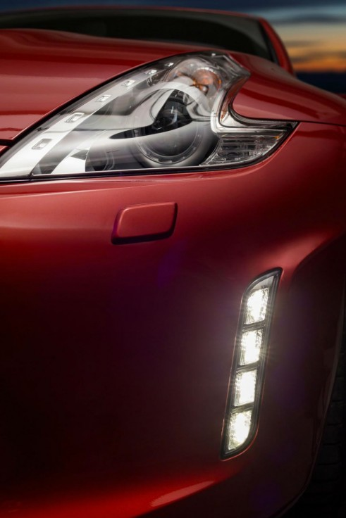 New Nissan 370z Daytime Running Lights