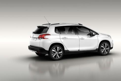 Peugeot 2008 White Side