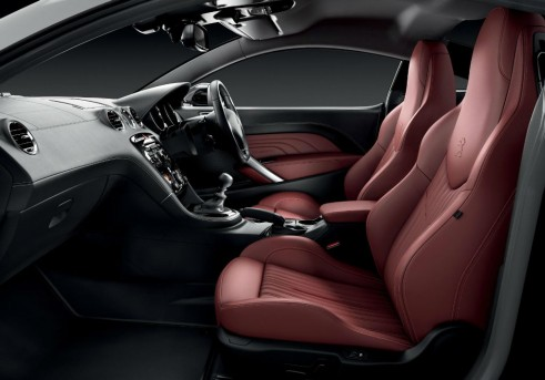 Peugeot RCZ Magnetic Red Interior