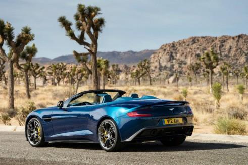 Aston Martin Vanquish Volante Rear - carwitter