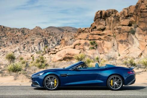 Aston Martin Vanquish Volante Side - carwitter
