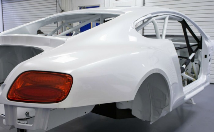 Bentley Continental GT3 Body carwitter 700x432 - Bentley Continental GT3 racer well underway - Bentley Continental GT3 racer well underway