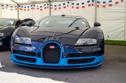 La Vie En Bleu 2013 Bugatti Veyron Super Sport 491x326 - La Vie En Bleu – A thoroughly French affair - La Vie En Bleu – A thoroughly French affair