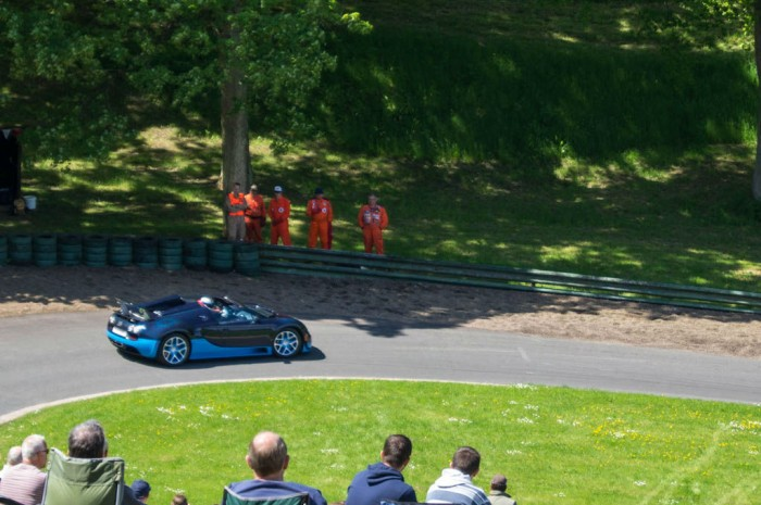 La Vie En Bleu 2013 Bugatti Veyron Super Sport On Track 700x465 - What Features Make A Car A Classic? - What Features Make A Car A Classic?