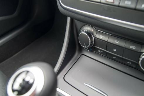 Merceds Benz CLA AMG Sport - Center Console Plastics - carwitter