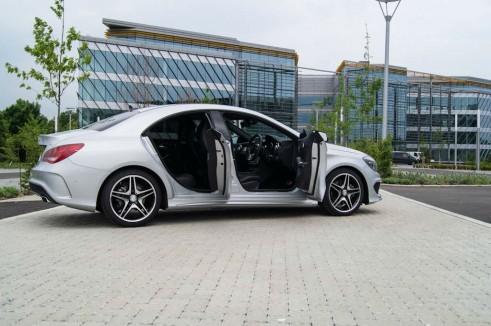Merceds Benz CLA AMG Sport - Doors Open - carwitter.jpg