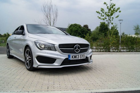 Merceds Benz CLA AMG Sport - Front Grille Close Up - carwitter.jpg
