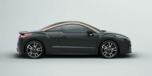Peugeot RCZ R Black Side - carwitter