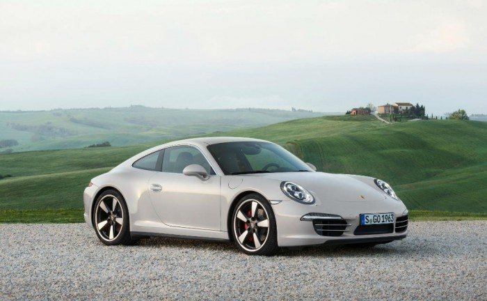 Porsche 911 50 Limited Edition Front carwitter 700x432 - Porsche 911 50 Years Edition Spec & Price - Porsche 911 50 Years Edition Spec & Price