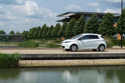 Renault Zoe Side - carwitter