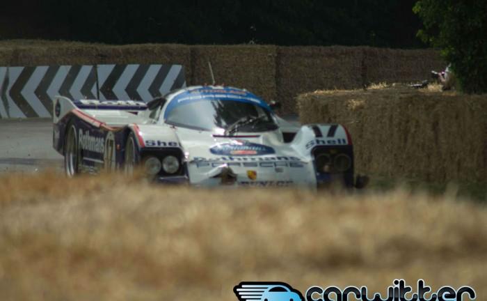 Goodwood FOS 2013 Rothmans Porsche 926C Crash 5 carwitter 700x432 - Porsche 962C Crash - Goodwood FoS 2013 - Porsche 962C Crash - Goodwood FoS 2013
