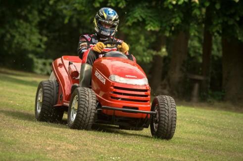 Honda Mean Mower Front Gordon Shedden - carwitter