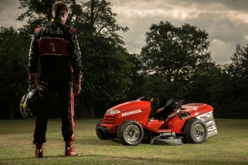 Honda Mean Mower and Gordon Shedden - carwitter