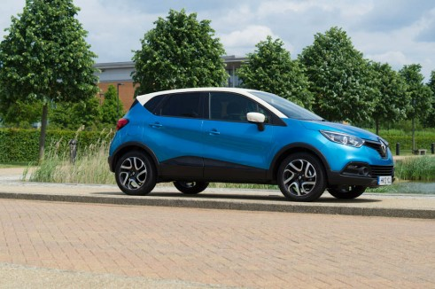Renault Captur Review Side carwitter 491x326 - Renault Captur Review – The new kid on the block - Renault Captur Review – The new kid on the block
