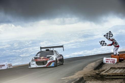 Sebastien Loeb Pikes Peak 2013 Peugeot 208 T16 Finish Line LR - carwitter
